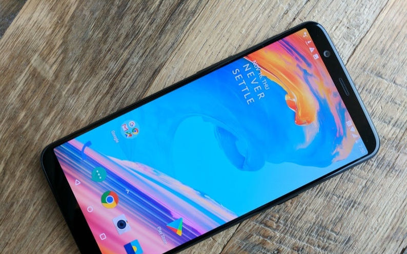 OnePlus 5T Review - IT Lume